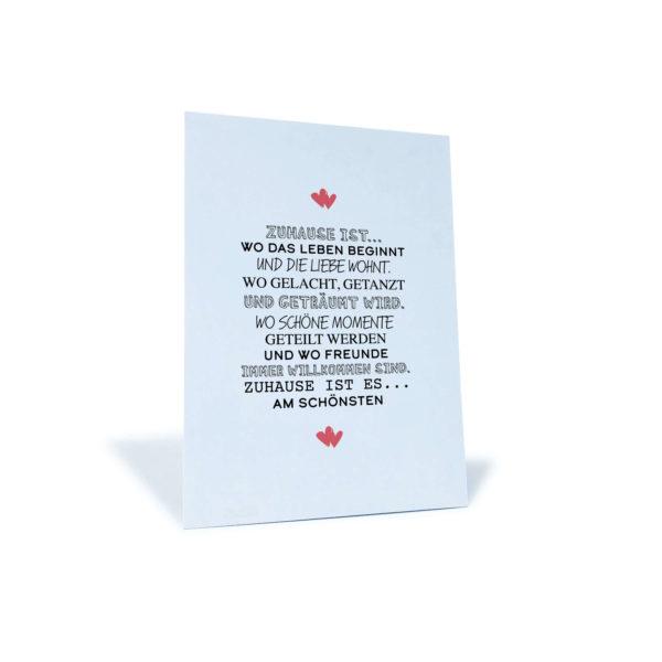 """weiße Postkarte mit Spruch """"Zuhause ist wo das Leben beginnt und die Liebe wohnt..."""""""