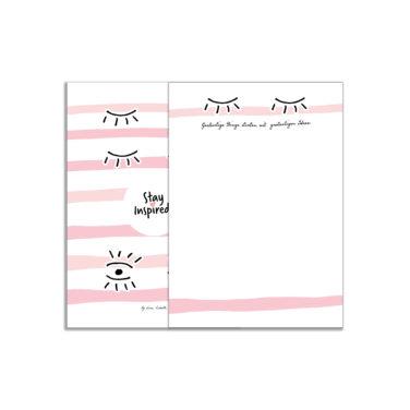 """blanko Notizblock mit Wimpern und dem Zitat """"Großartige Dinge starten mit großartigen Ideen"""" mit farbiger Rückseite von Stay Inspired! by Lisa Wirth"""