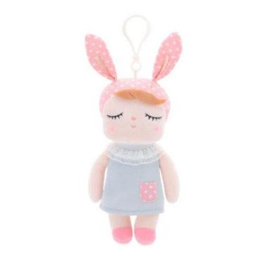 Mini-Hasenmädchen (Hasenpuppe) mit grauem Kleid, rosa Mütze und Anhänger